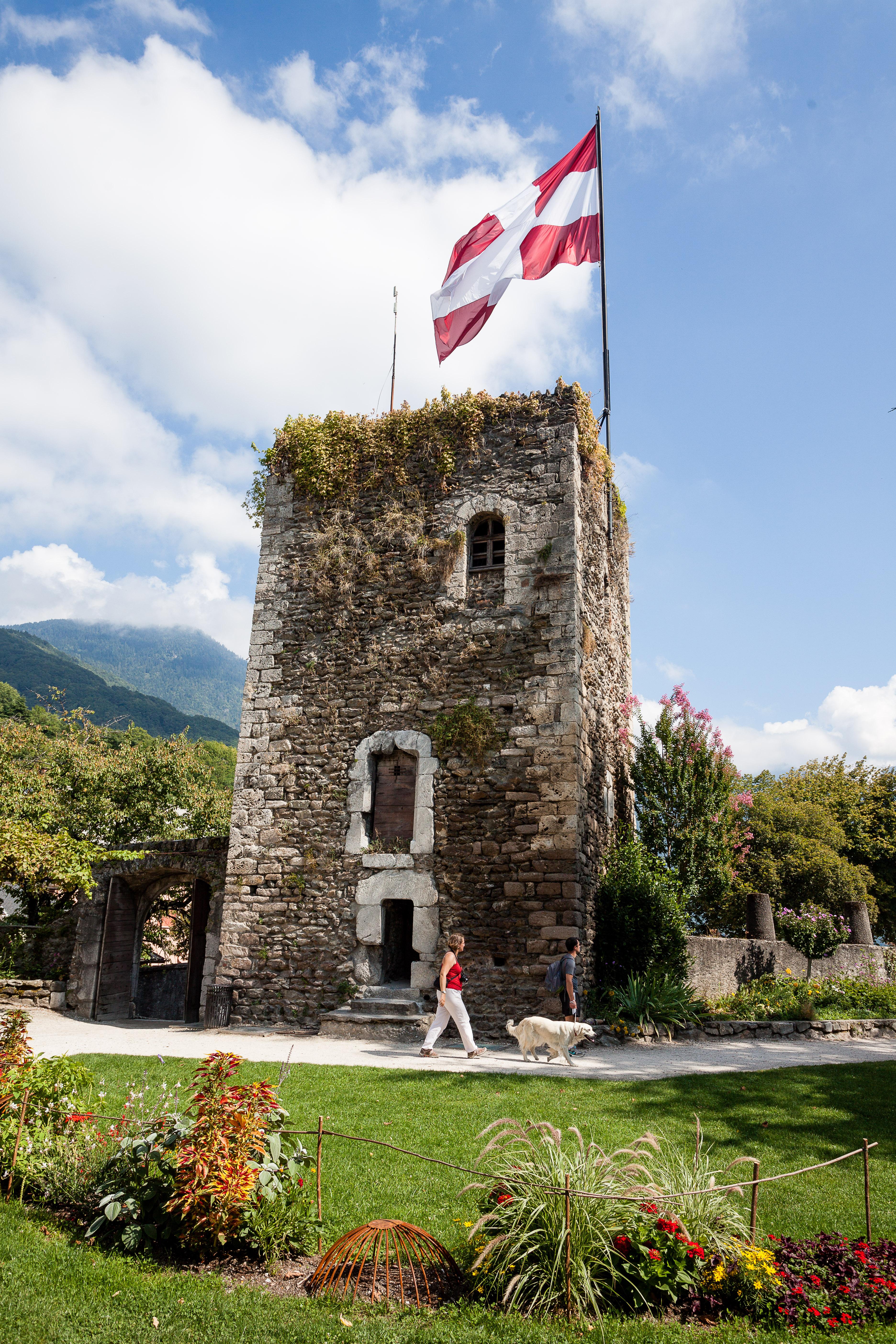 Tour Sarasinne dans la Cité Médéviale de Conflans à Albertvi