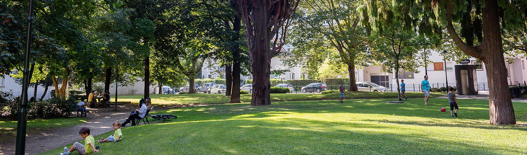 Parcs et jardins ville d 39 albertville for Entreprise parc et jardin