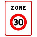 Vitesse limitée à 30 km/h Les double sens cyclables y sont généralisés dans toutes les rues à sens unique.